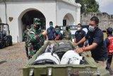 Antisipasi ledakan kasus COVID-19 di Solo, TNI AD bangun RS Lapangan