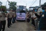 Wakil Bupati Sinjai lepas rombongan kemanusiaan APDESI ke Sulawesi Barat
