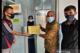Anggota DPR Darul Siska bantu biaya operasi bayi pengidap penyakit langka