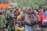 Seratusan pengungsi kembali dipulangkan ke Banti distrik Tembagapura