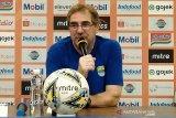 Pelatih Persib Bandung usul turnamen pramusim digelar setelah Lebaran