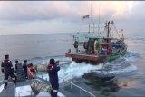 KKP tangkap tiga kapal pencuri ikan di Selat Malaka