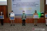 KPwBI Kaltara serahkan 48 paket bantuan sarana prasarana pendidikan