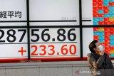Harga minyak picu ketakutan inflasi, saham Asia jatuh ke terendah 1 tahun