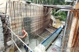 Jalan dan gorong-gorong Trinsing  sedang diperbaiki