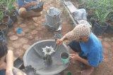 Lapas Rajabasa daur ulang sampah jadi pot bunga dan paving block