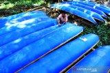 Produksi Perahu Dari Drum Bekas