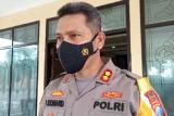 Polisi temukan luka di leher anak dalam kasus sekeluarga tewas