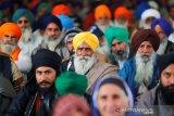 Kasus COVID-19 mencapai rekor baru, Delhi berlakukan penguncian wilayah