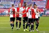 Feyenoord membekuk PSV Eindhoven 3-1