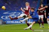 Chelsea membungkam Burnley 2-0