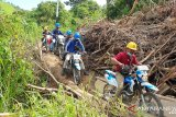 PLN pulihkan aliran listrik 2.035 pelanggan di Ulumanda Sulawesi Barat