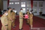 Wabup Minahasa Tenggara melarang CPNS pindah tugas ke daerah lain