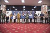 Ahli waris tiga korban SriwijayaAir SJ-182 terima santunan