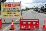 Jembatan Jelarai resmi ditutup 10.40 Wita, warga ada tidak tahu
