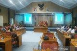Rapat DPRD Kotim hasilkan solusi masalah jalan desa dilintasi truk sawit