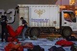 Temuan awal perawatan Sriwijaya SJ 182, pasokan bahan baku garam kemarin