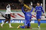 Leicester kembali ke jalur kemenangan ketika bekuk Fulham 2-0