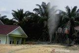 Gas tiba-tiba menyembur 15 meter di Ponpes Al-Ihsan Pekanbaru, begini kronologinya