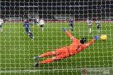 Penalti Jorginho mengunci kemenangan tipis Chelsea di markas Spurs