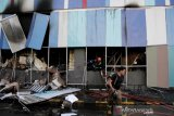 Kebakaran mal di Makassar