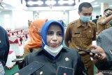 Rahma laporkan akun facebook  Rudi Irawan ke Polres  Tanjungpinang
