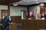 Hakim sebut jaksa Pinangki Sirna Malasari ikut mengurus grasi Annas Maamun