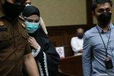 Hakim:  Pinangki tidak dapat buktikan uang warisan suami