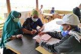 BNI menyalurkan KUR kepada 200 petani cabai di Sembalun Lombok