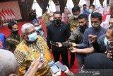 Gubernur Sulawesi Tenggara dukung vaksinasi COVID-19 awak media