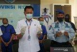 Selundupkan sabu berlapiskan kondom lewat dubur, dua warga Lombok Timur dibekuk