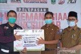 Pemkot Payakumbuh serahkan bantuan untuk korban banjir Sulbar dan Kalsel