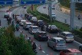 Malaysia tahan para  pelanggar jaga jarak