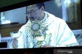 Uskup Semarang bangga umat makin tekun ibadah di tengah pandemi