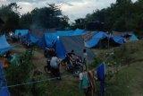 Pengungsi korban gempa di Mamuju kesulitan dapatkan tenda