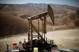 Harga minyak dunia anjlok terseret kekhawatiran permintaan
