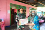 Pangdam XVII/Cenderawasih beri bantuan sembako  warga di Pulau Yapen
