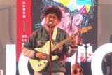 Kunto Aji, Ten2Five beri semangat  saat pandemi di Jazz Goes to Campus