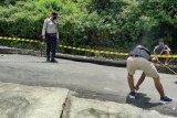 Jalan menuju objek wisata Gunung Tunak Lombok Tengah amblas