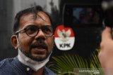 Haris Azhar surati KPK soal tindak lanjut kasus korupsi di Cirebon dan Mimika