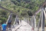 Jembatan rusak berat, akses transportasi ke Amfoang putus total