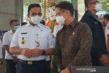 Gubernur DKI Anies: Vaksinasi di Pasar Tanah Abang jadi percontohan pasar lainnya