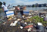 Kapal Pengumpul Sampah Batang Arau