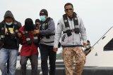 Densus 88 Antiteror tangkap tiga orang terduga teroris di Kalbar