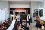 Dua eks pejabat Pemprov Kepri dituntut belasan tahun penjara