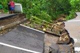 BPBD Gunung Kidul mengatasi potensi banjir pada puncak musim hujan