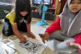 Tips liburan di rumah untuk eratkan keluarga