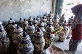 Penjualan Keramik China Di Papua
