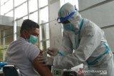 75 persen tenaga kesehatan di Sultra sudah disuntik vaksin COVID-19