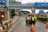 Hutama Karya tutup sementara beberapa gerbang tol akibat banjir